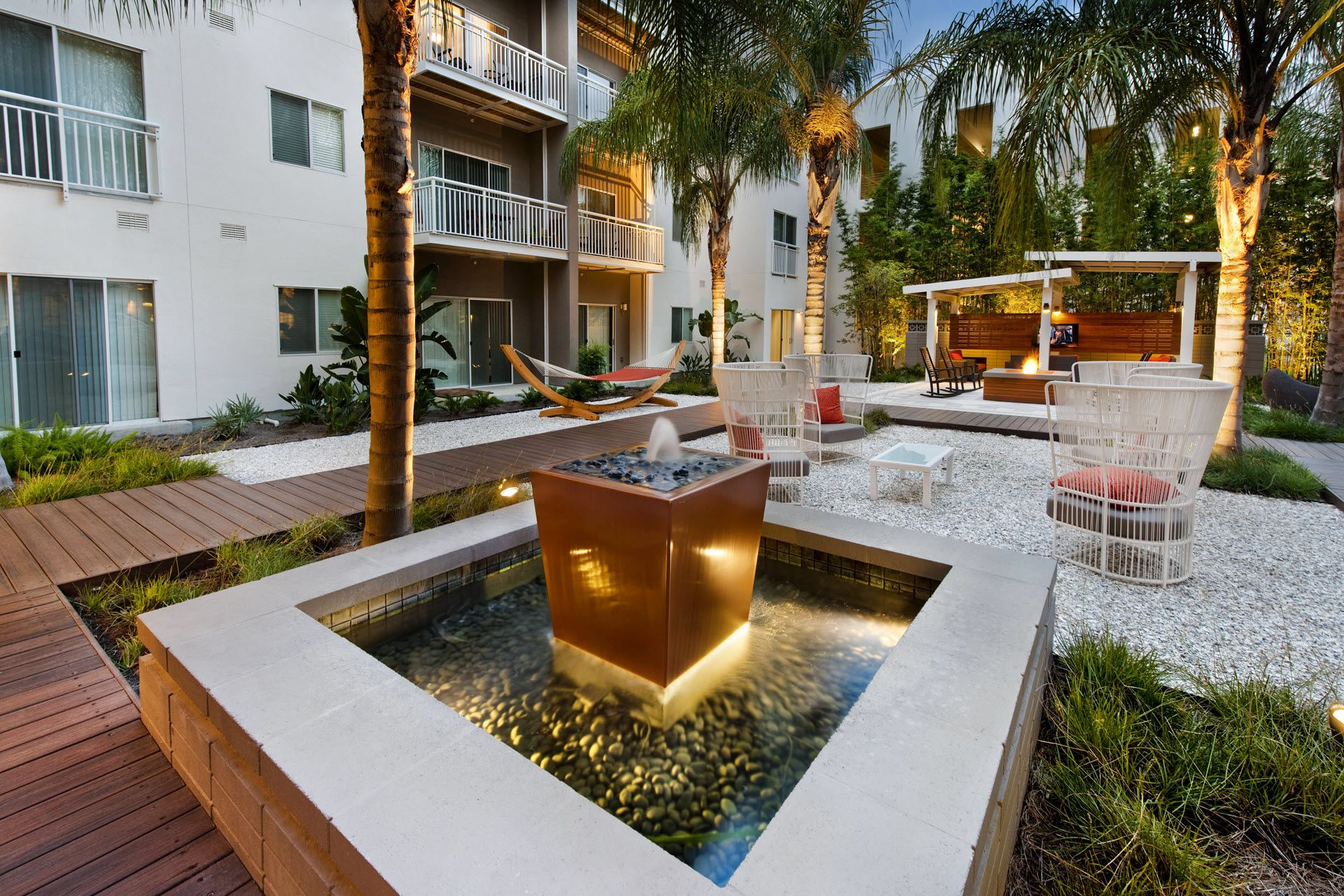 Outdoor seating area with fountain